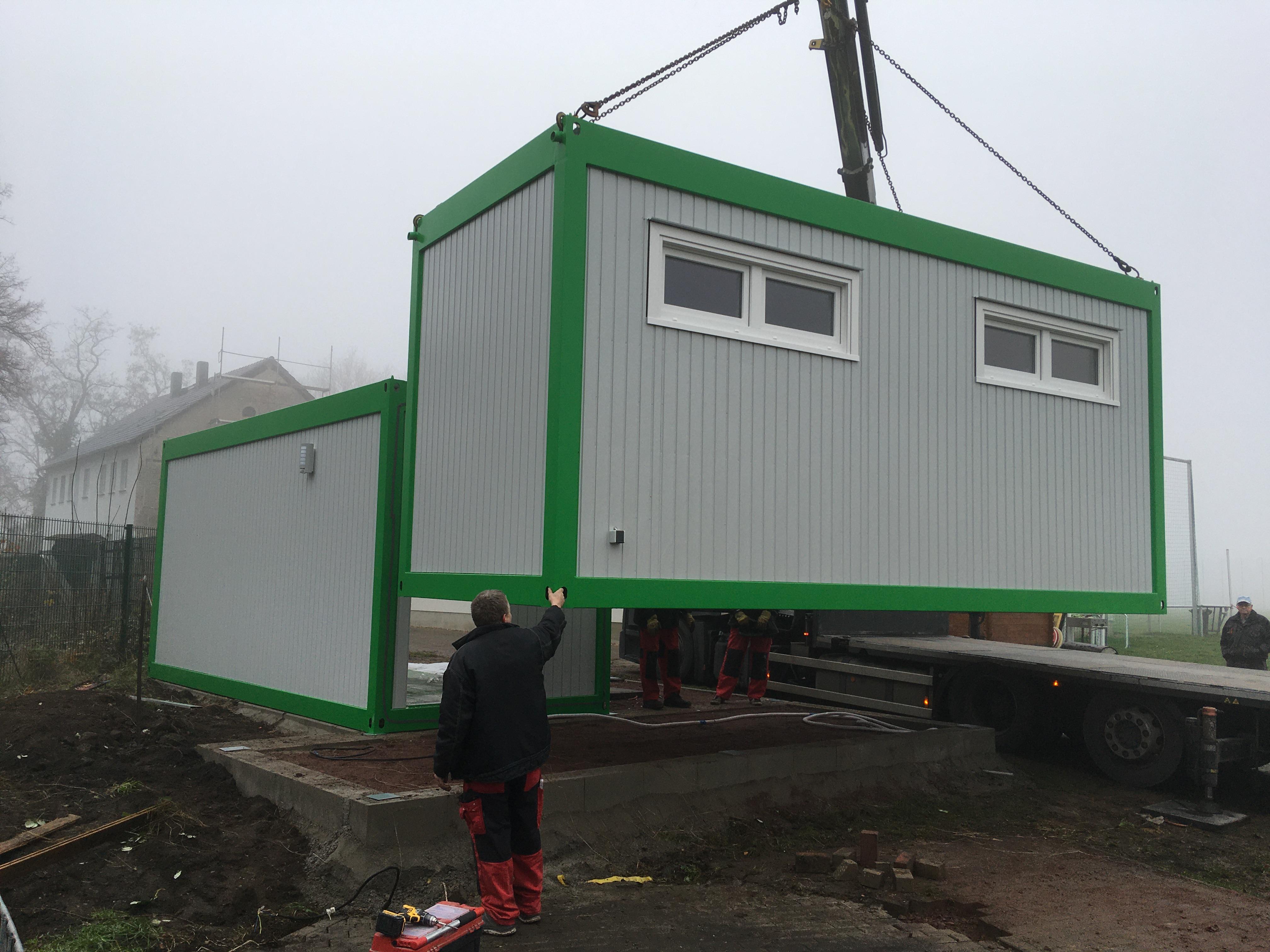 Aufbau des zweiten Containers